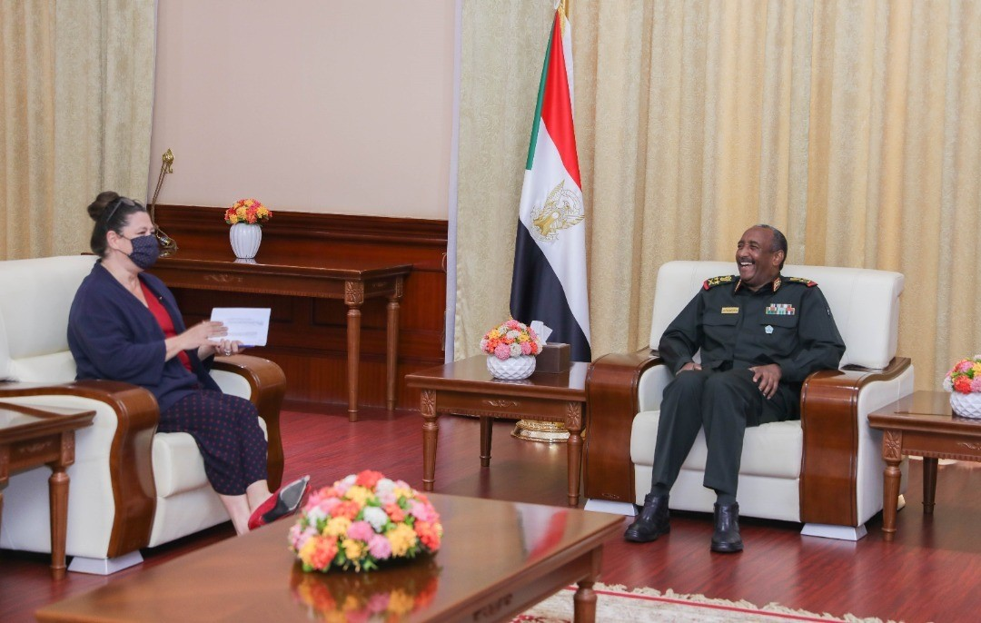 Al Burhan Receives Ambassador of France