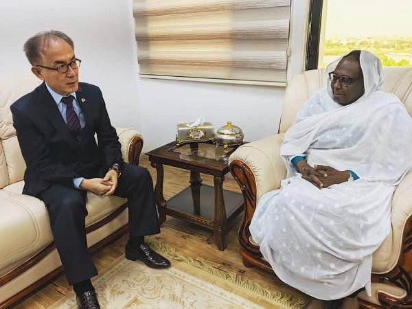 Foreign Minister Receives Ambassador of South Korea