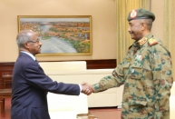 Al Burhan Receives Eritrean Foreign Minister
